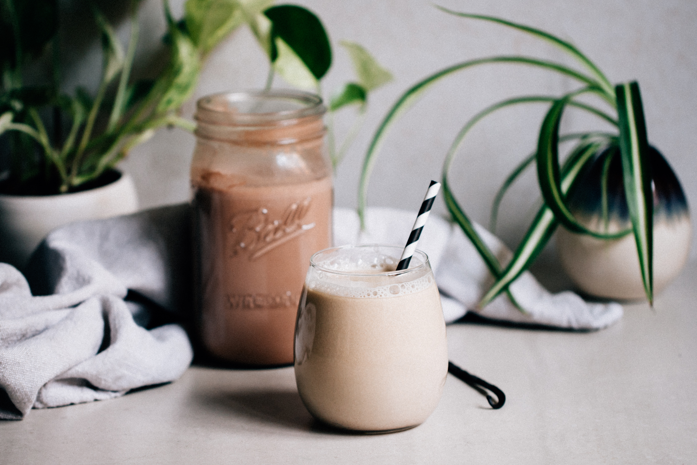 Maca oat milk