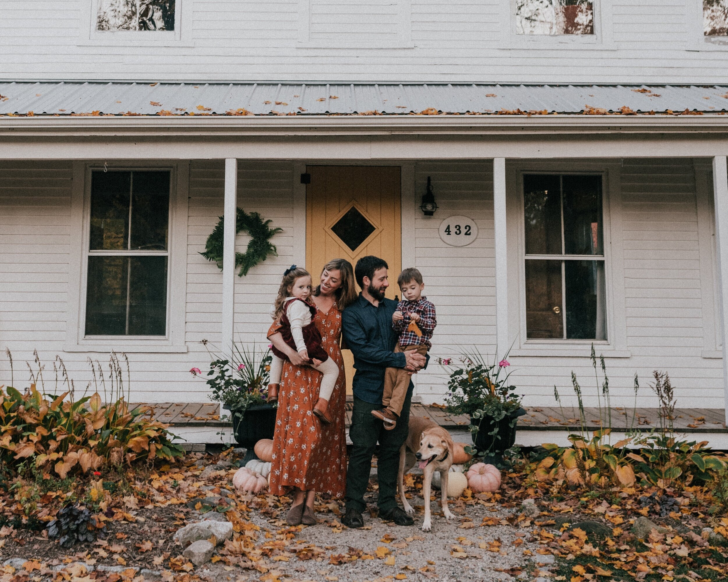 CodyJamesBarryPhotography_GardenGateFamilyShoot-11.jpg