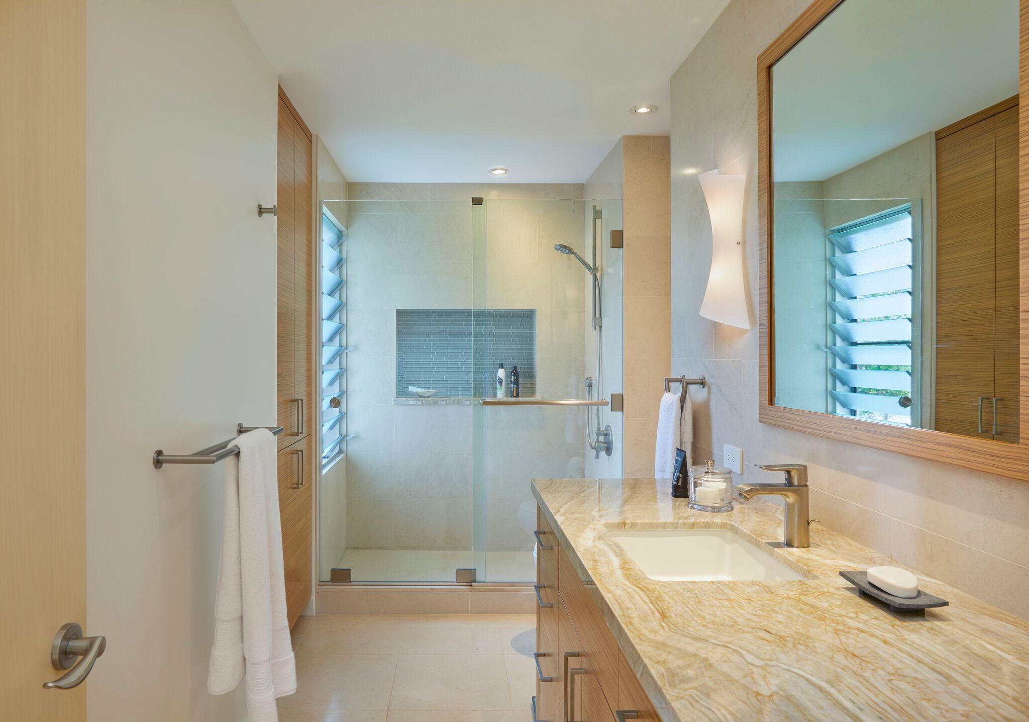 Vilai Bathroom2.jpeg