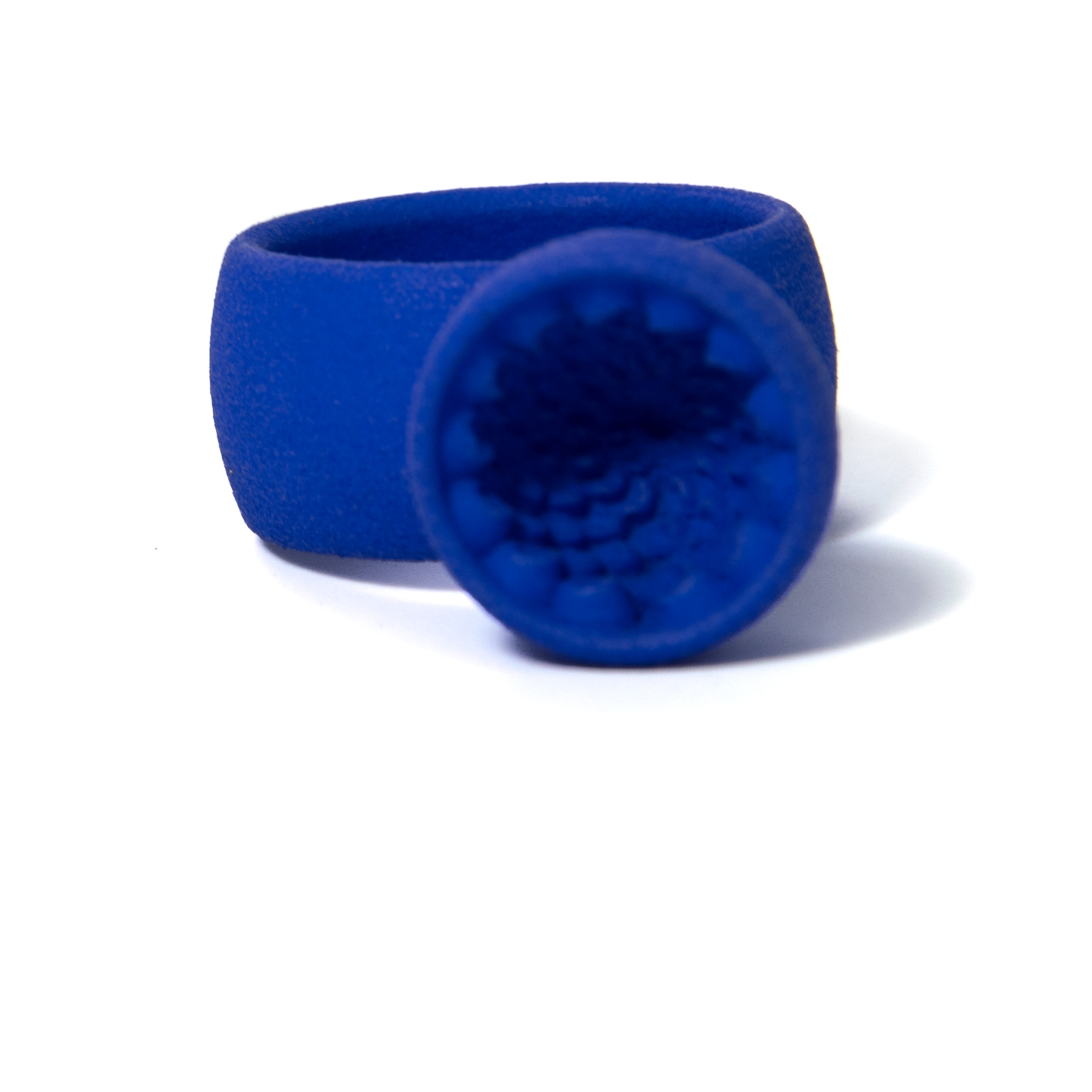 ring large blue.jpg