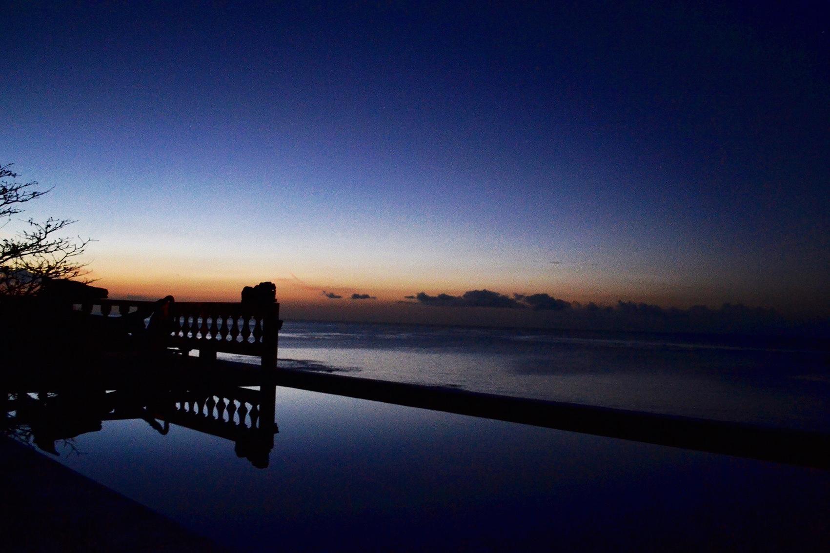poolnight-night.jpg