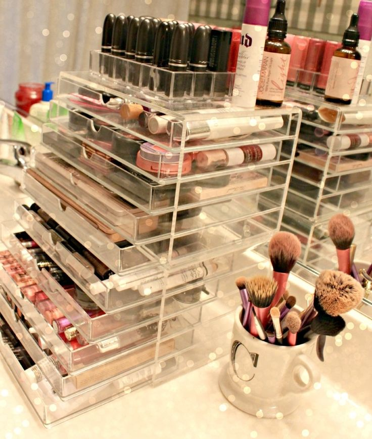 big makeup storage.jpg