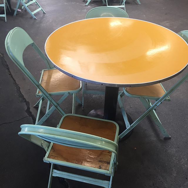 Timeless tables and chairs at the old Farmer's Market on 3rd......#tableandchairs #lunch #oldschool #losangeles #farmersmarketonthirdandfairfax #color #oldlosangeles #vintage