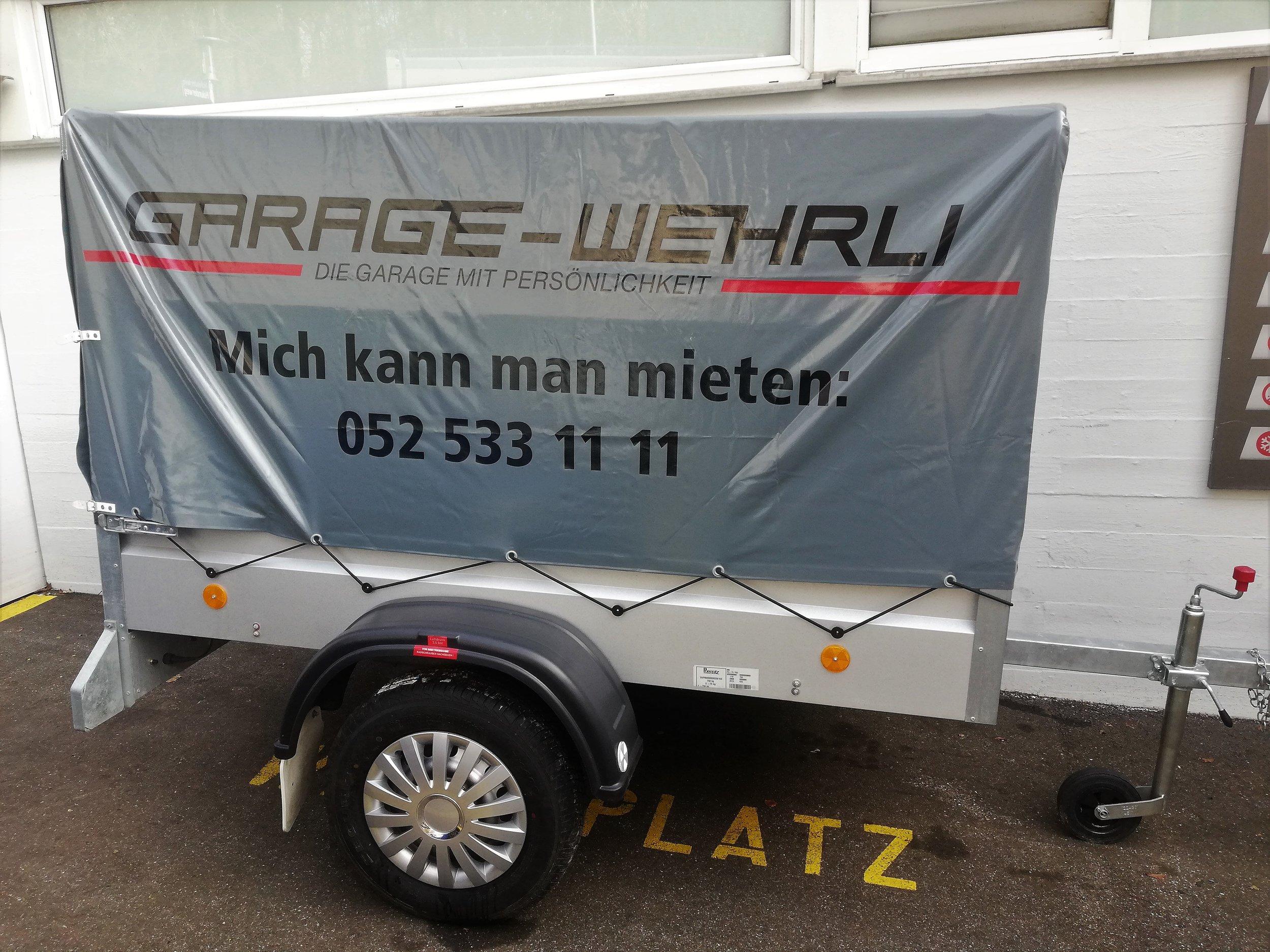 Anhänger klein 750kg   -  ideal für den Transport von kleinen bis mittelgrossen Gütern  -  Blachenanhänger  -  fahrbar ohne Anhängerprüfung  -  Leergewicht: ca. 135 kg, Zuladung: ca. 615 kg    Fr. 39.- pro Tag