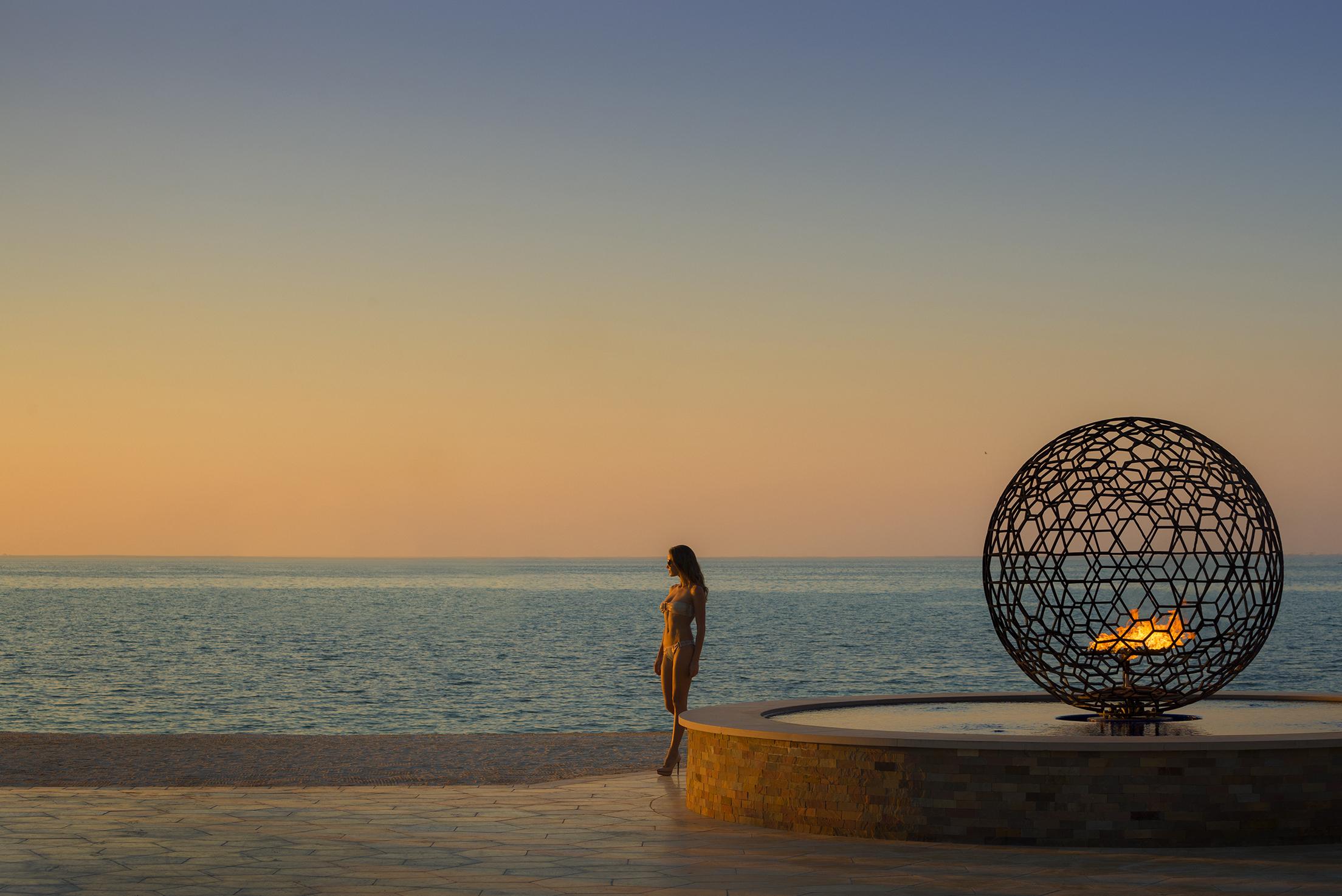 beach sunset_FSDubai.jpg