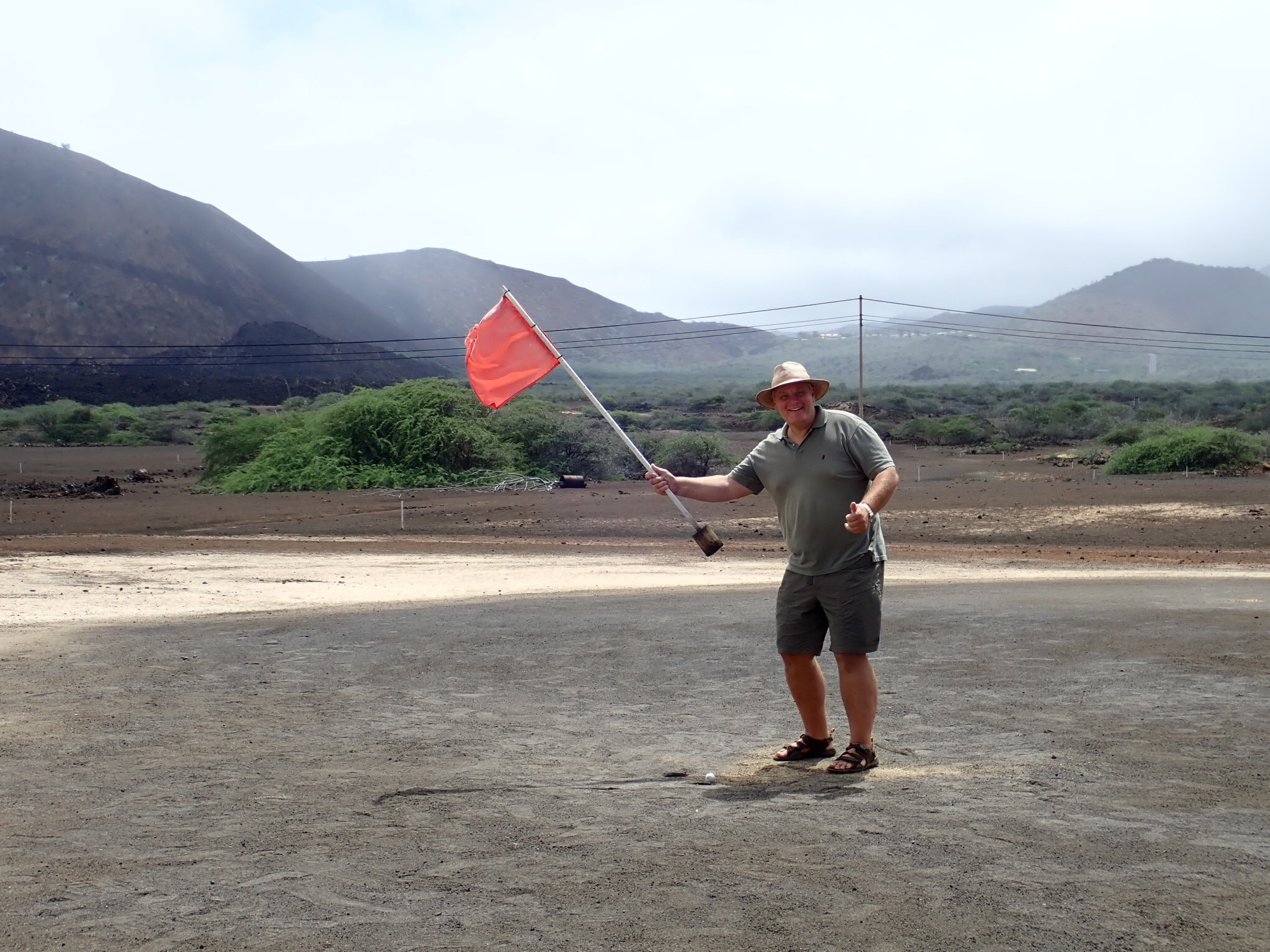 Oiled volcanic golf course