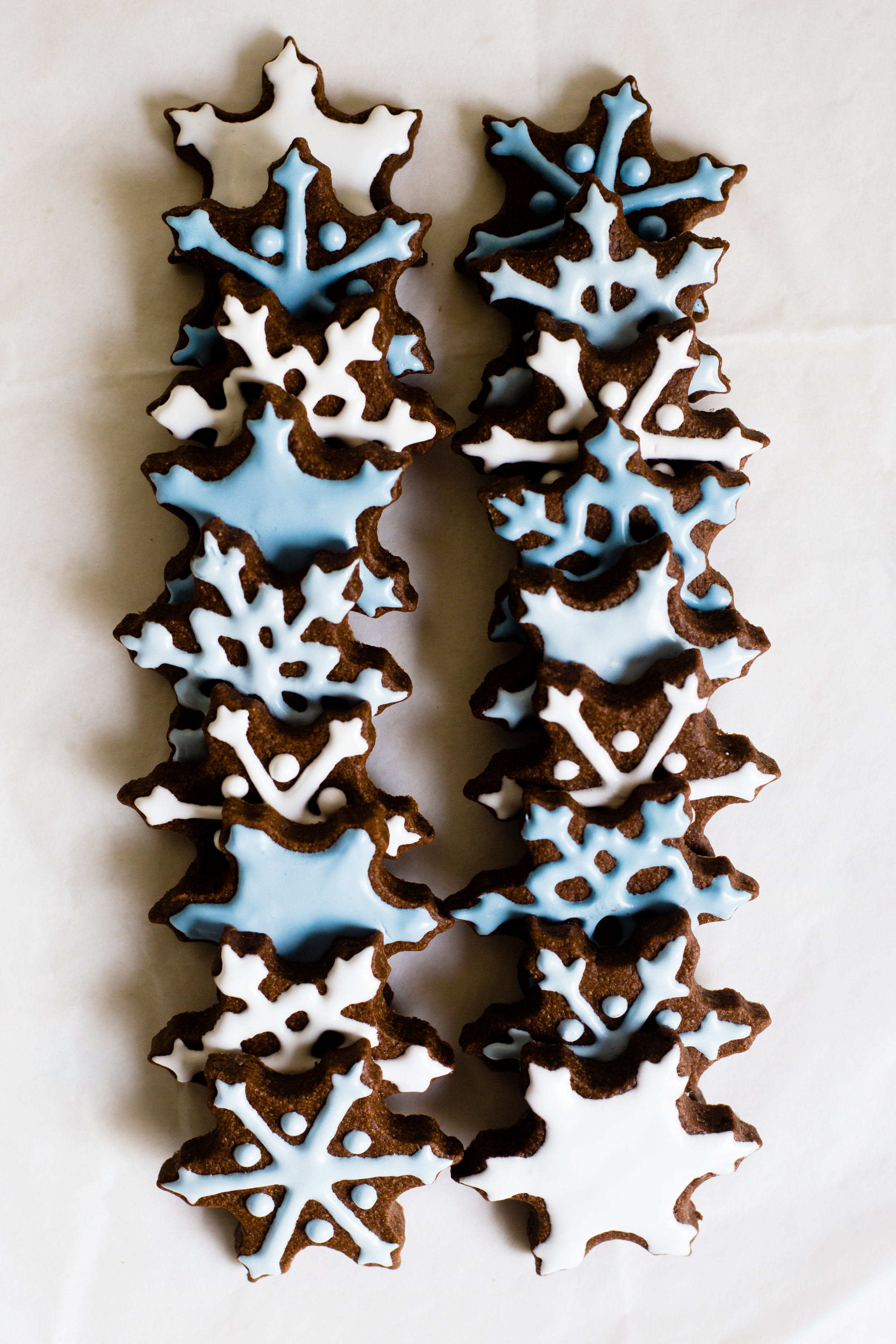 snowflake_chocolate_sugar_cookies-12.jpg