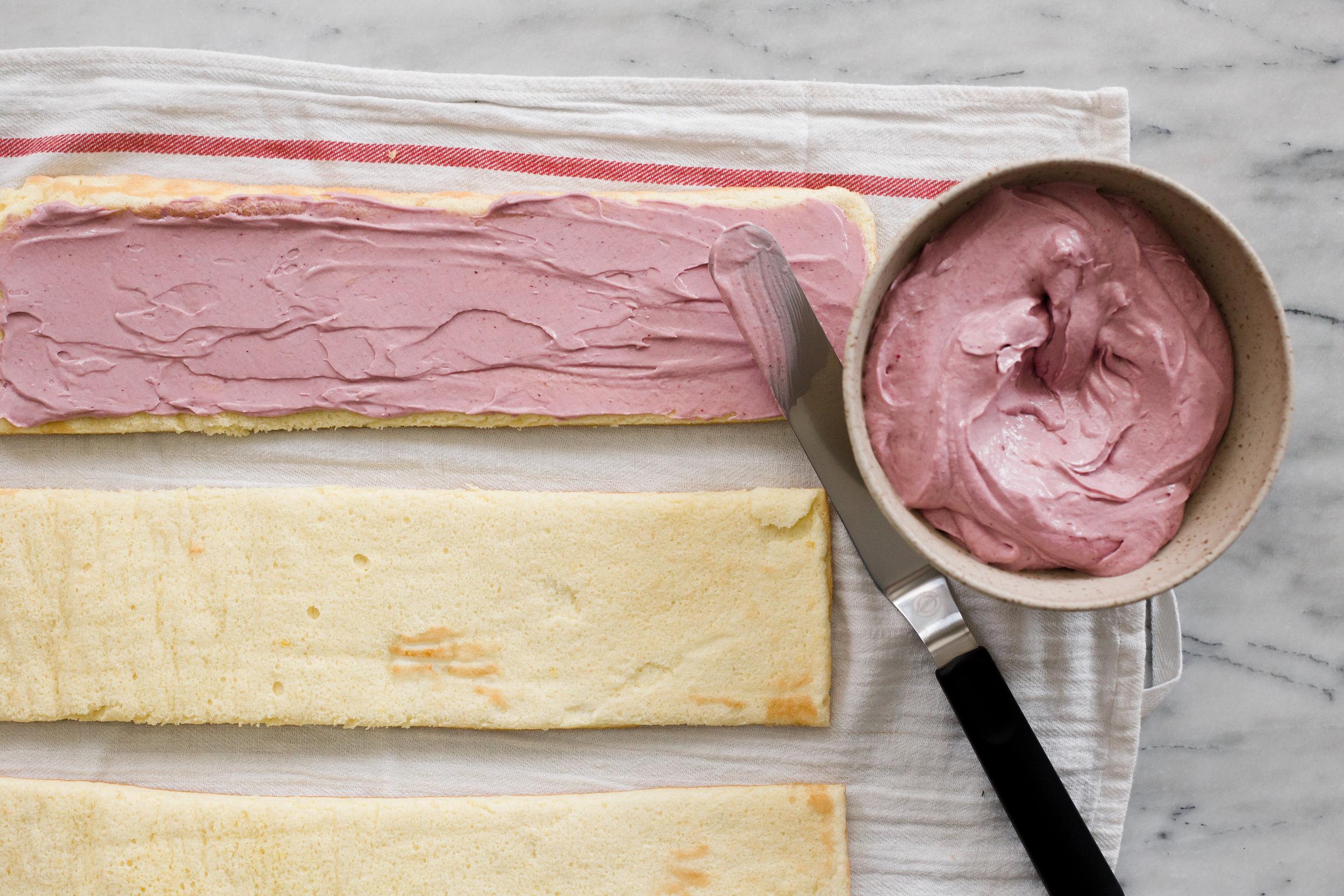 lemon_berry_stripe_cake-4.jpg