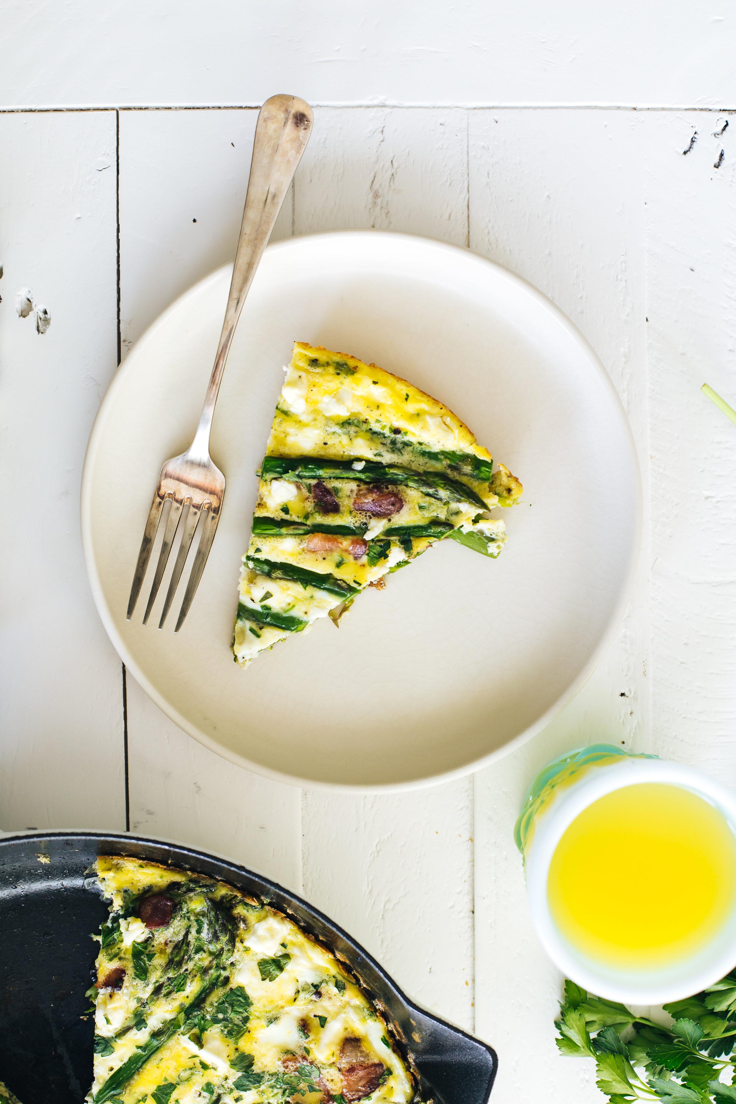 asparagus_bacon_feta_frittata-10.jpg
