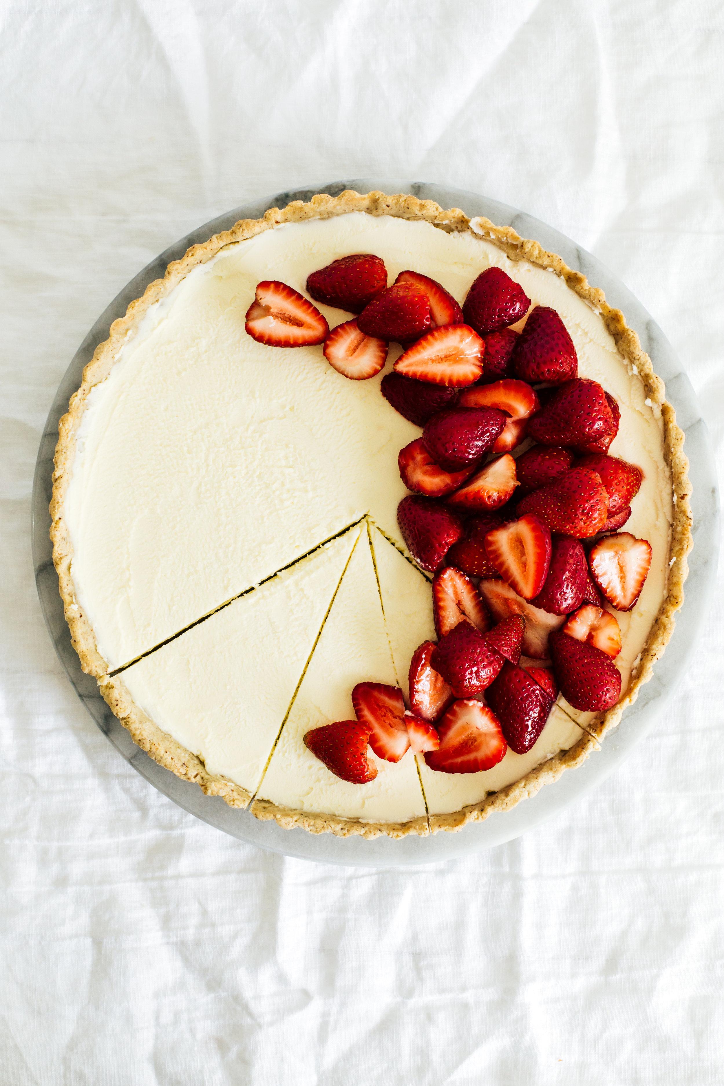 strawberry_hazelnut_tart-34.jpg