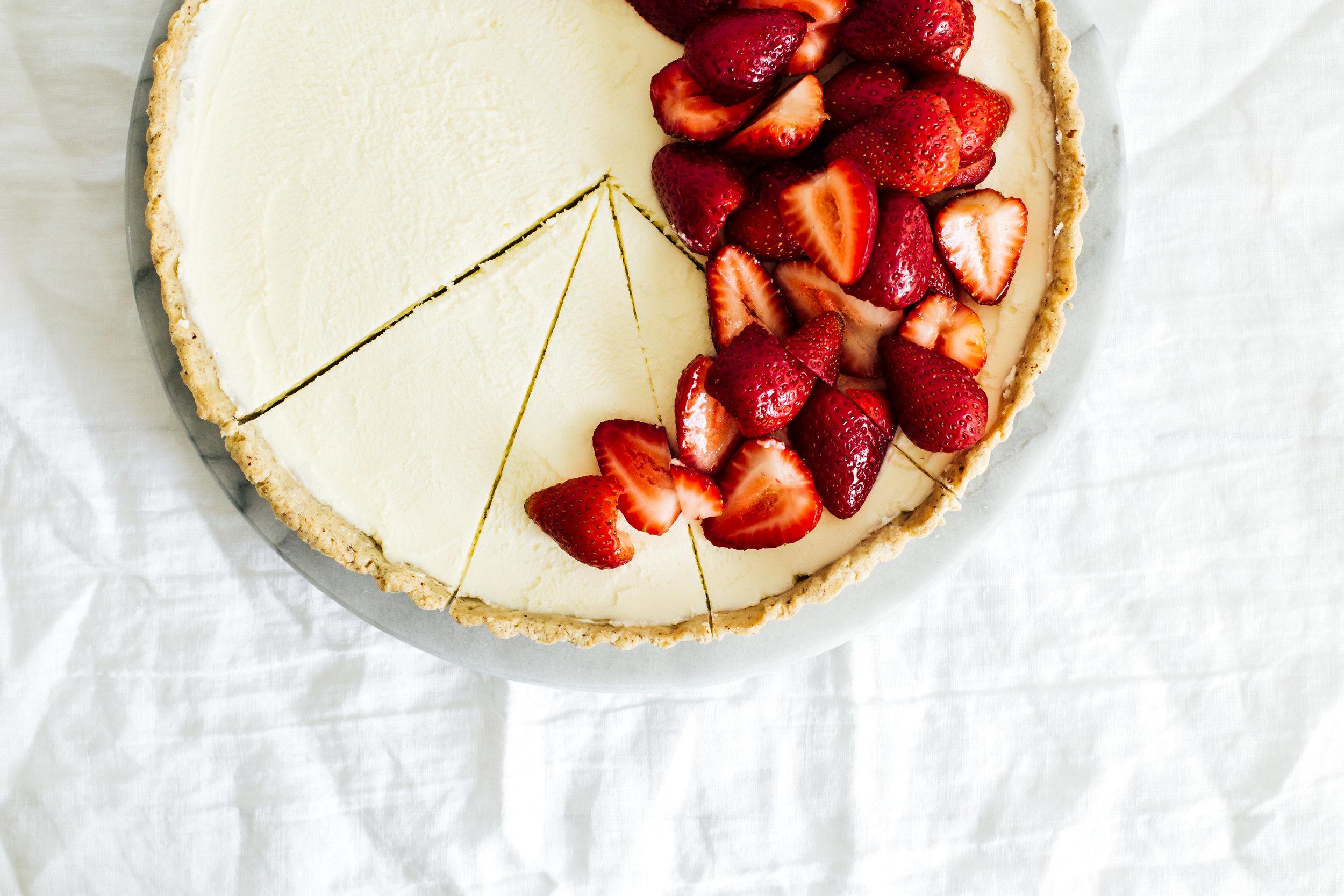 strawberry_hazelnut_tart-31.jpg