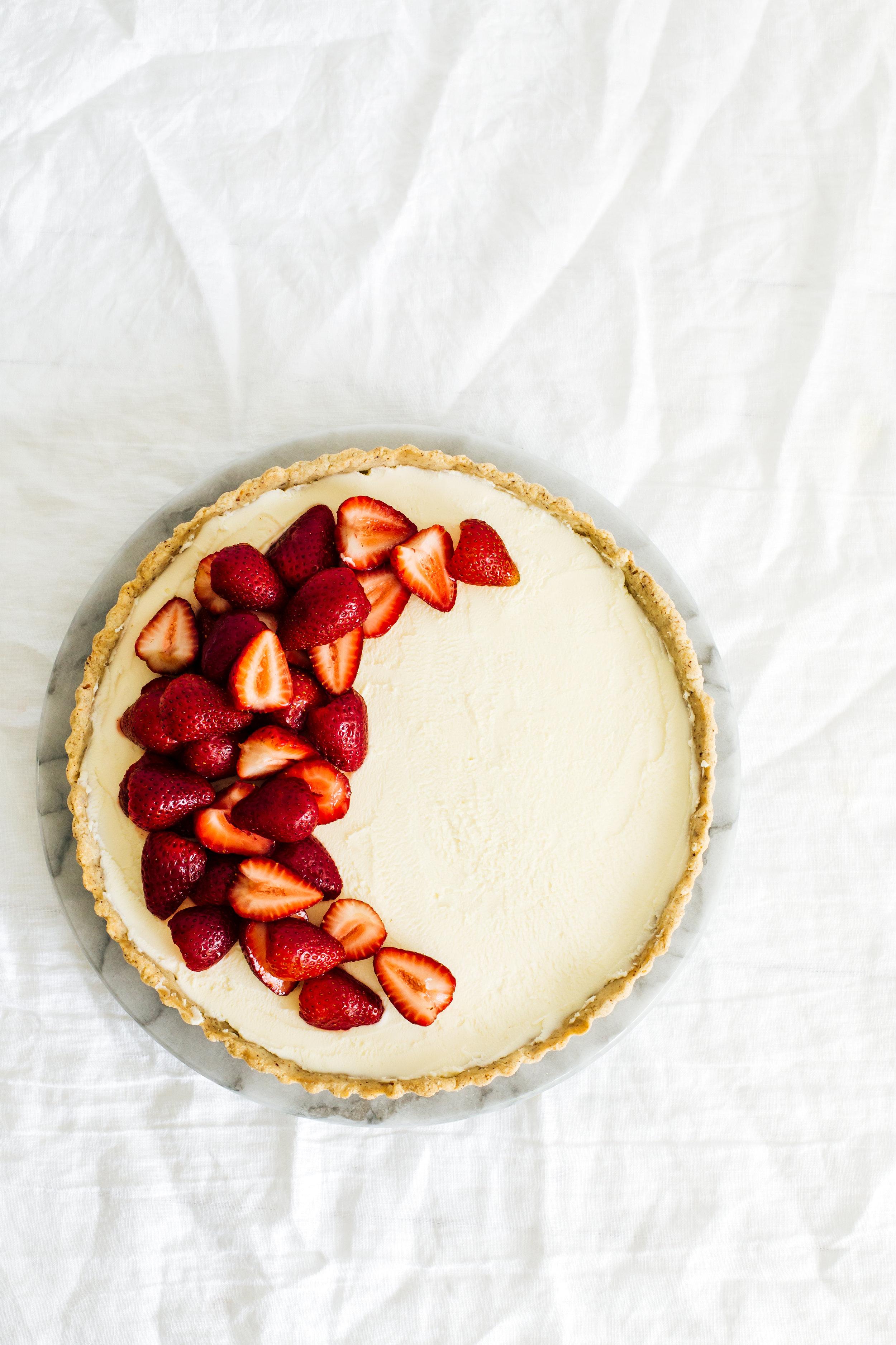 strawberry_hazelnut_tart-28.jpg