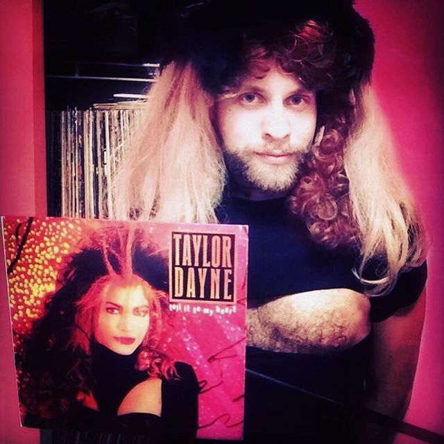 #tbs #tellittomyheart @therealtaylordayne #pop #vinyl #lp #albums #singles #dance #singr #pink #wigs #bows #heart