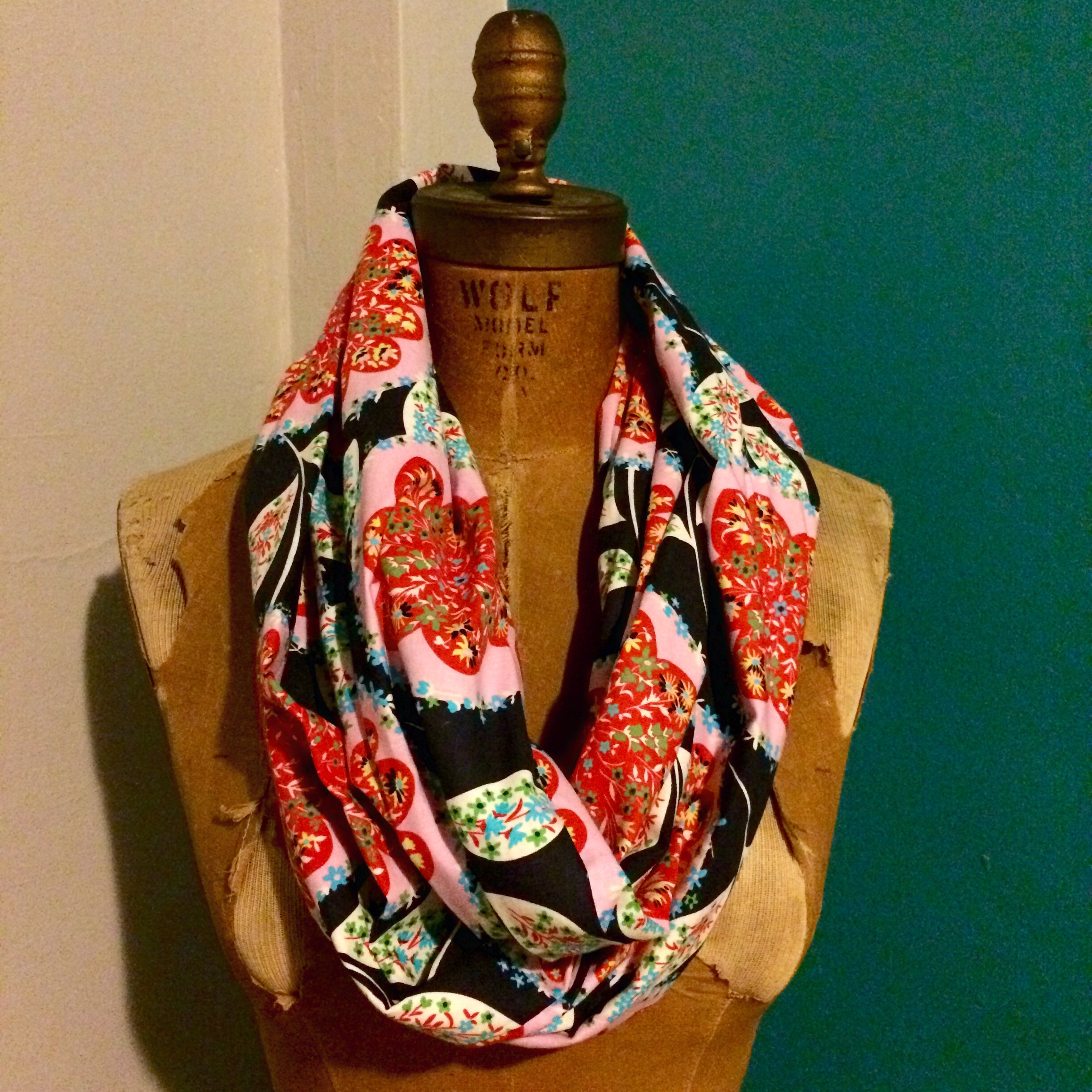 love aunt maggie | infinity scarf