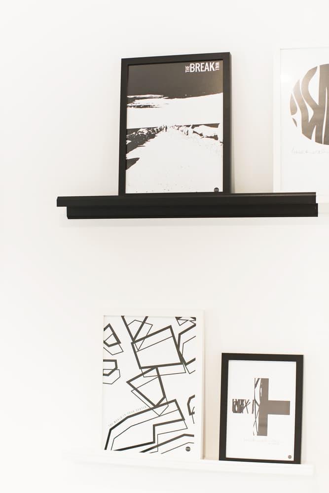 Black & white home accessories