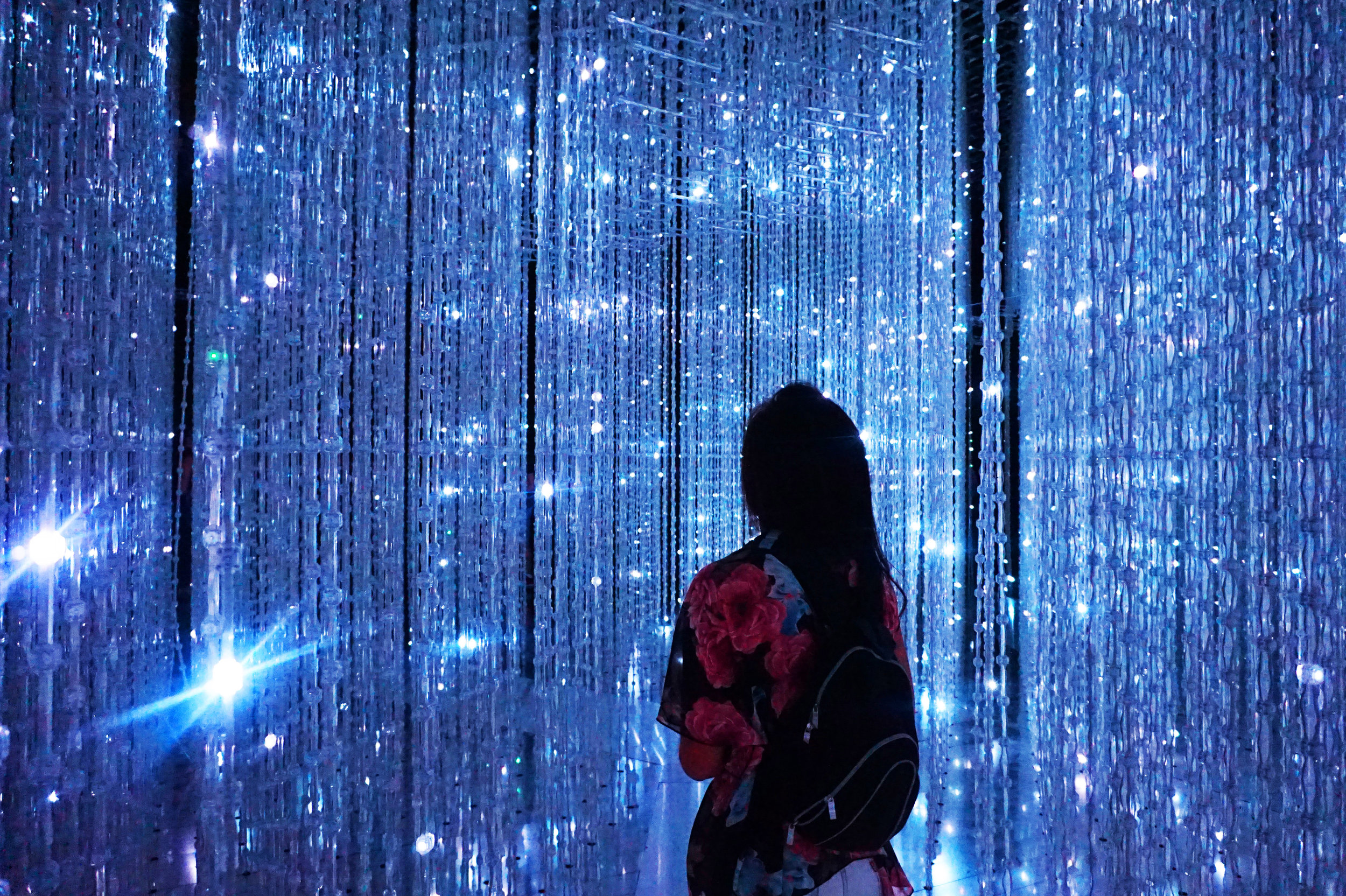 When a random French girl asks you if you want a picture in the Crystal Universe, always say yes, because it's breathtaking