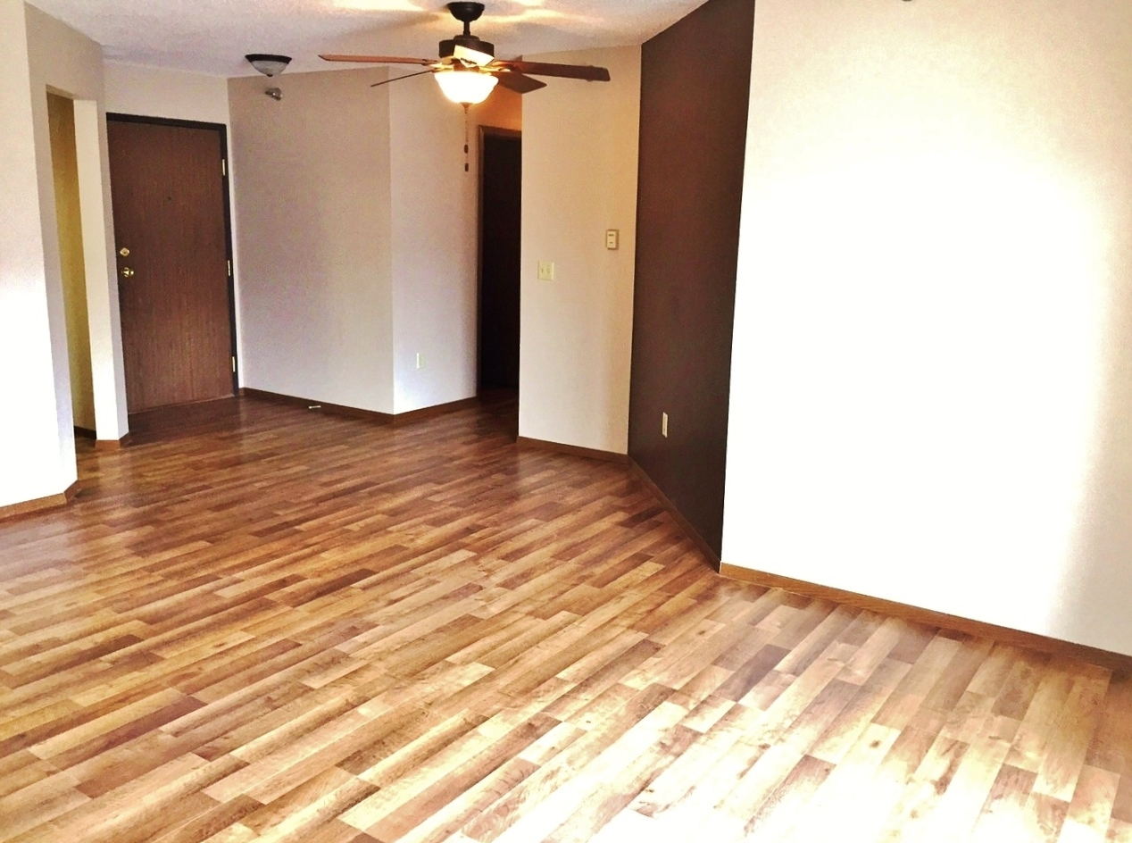 Southern Cross Apartments in Rapid City, SD - Laminate Flooring