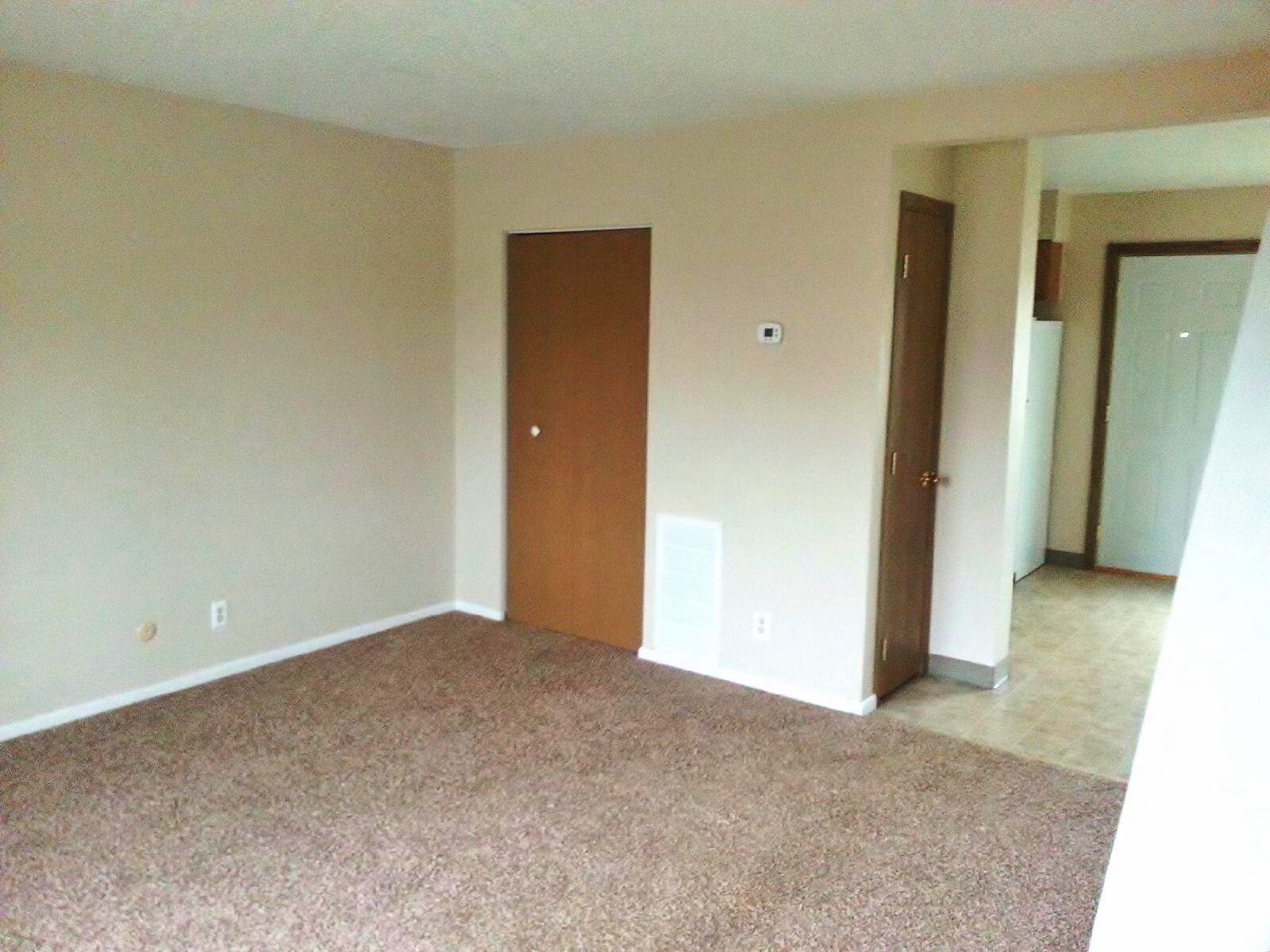 Pleasant Hill Village Town Home Rentals in Rapid City, SD - living room