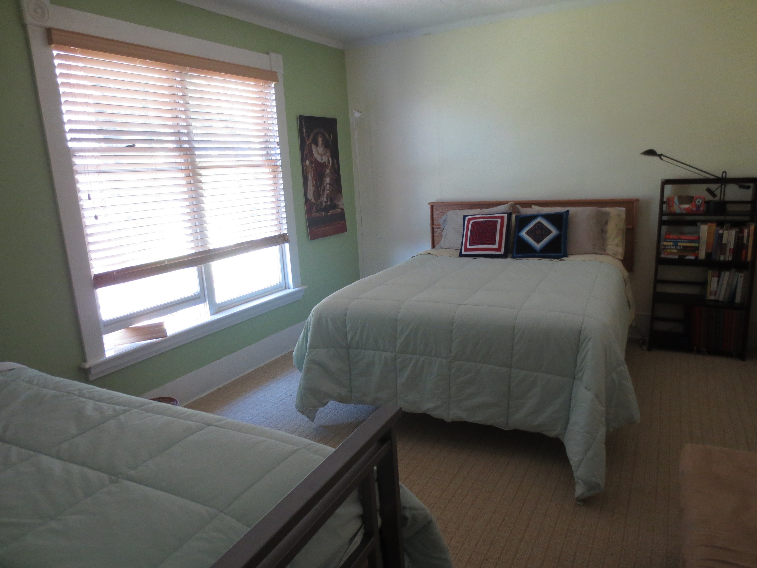 Green bedroom.