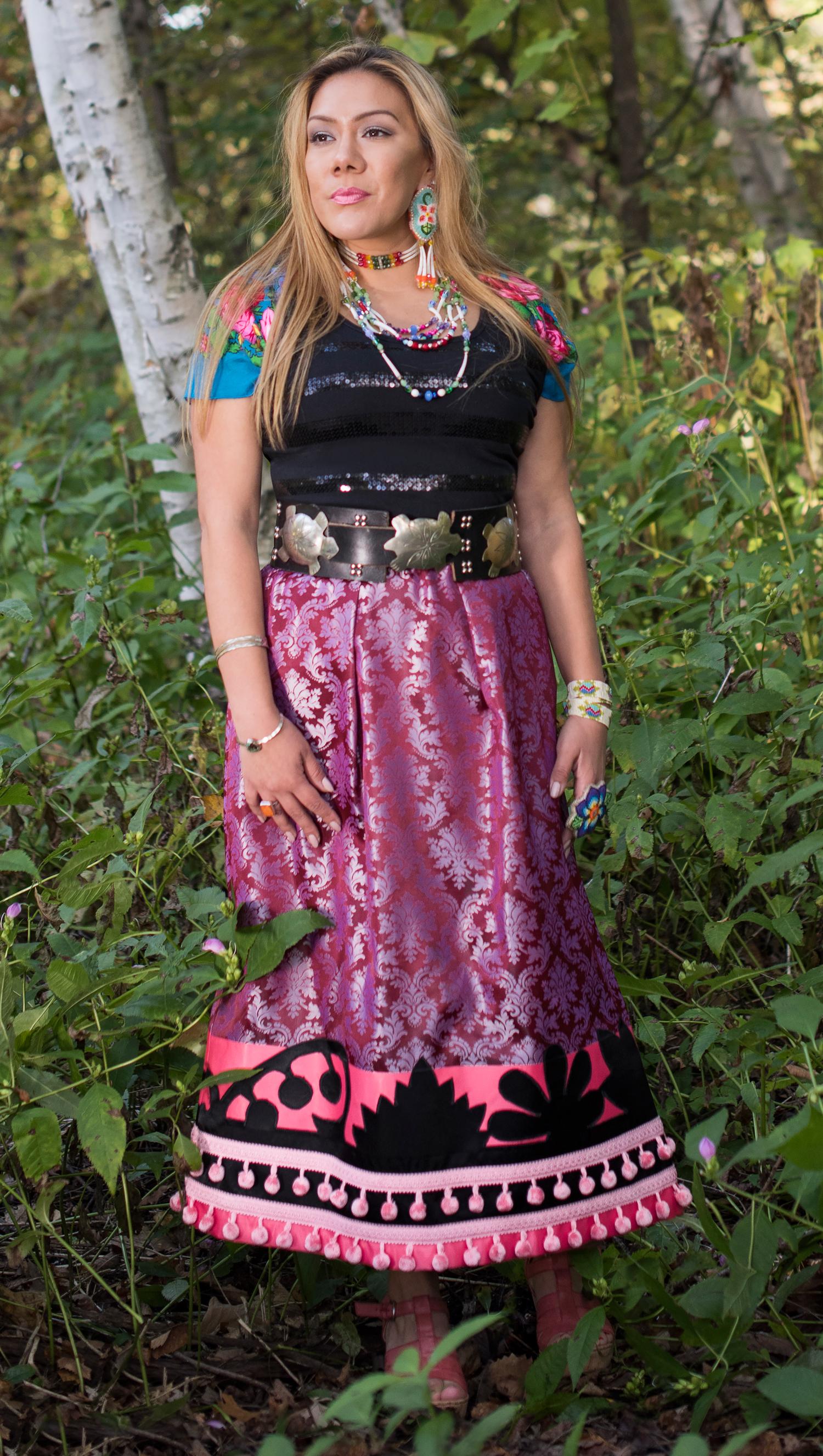 Makodewaabigwan Gishkijiiwagooday / Black Floral Skirt