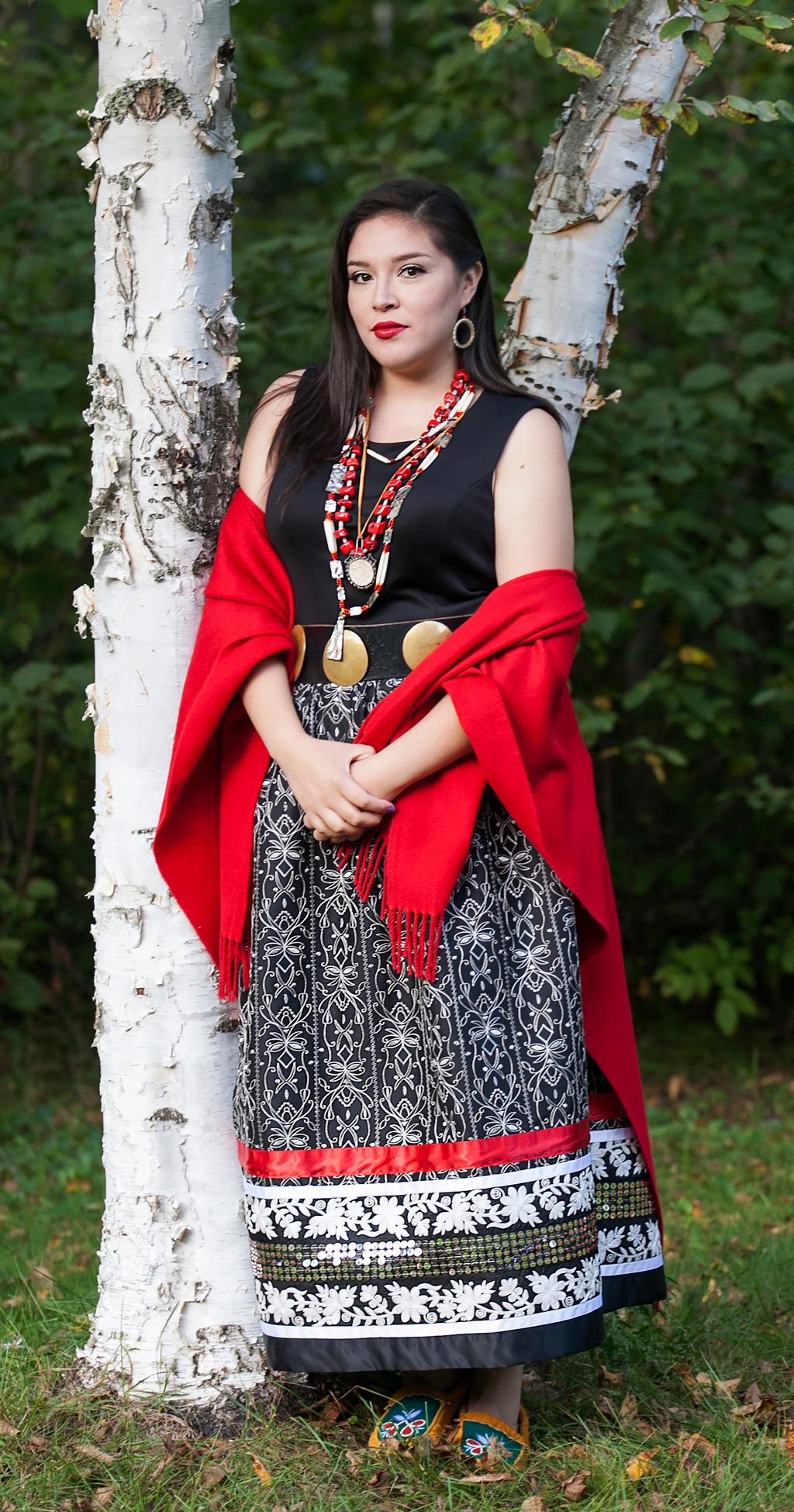 Bezhig Miskozenibaanh Giishkijiiwagooday / One Red Ribbon Skirt