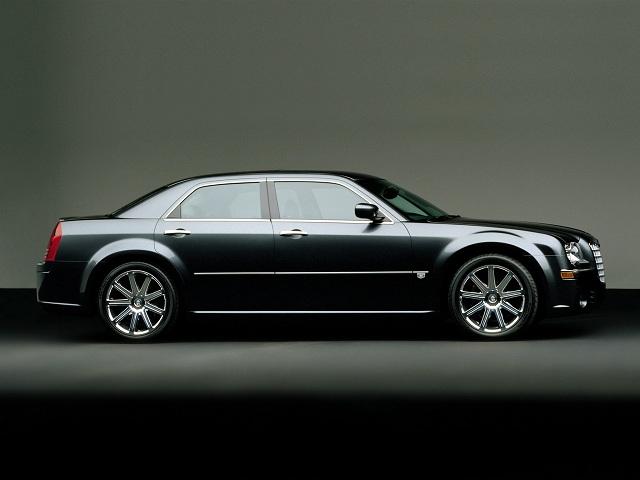 2016-Chrysler-300-side.jpg