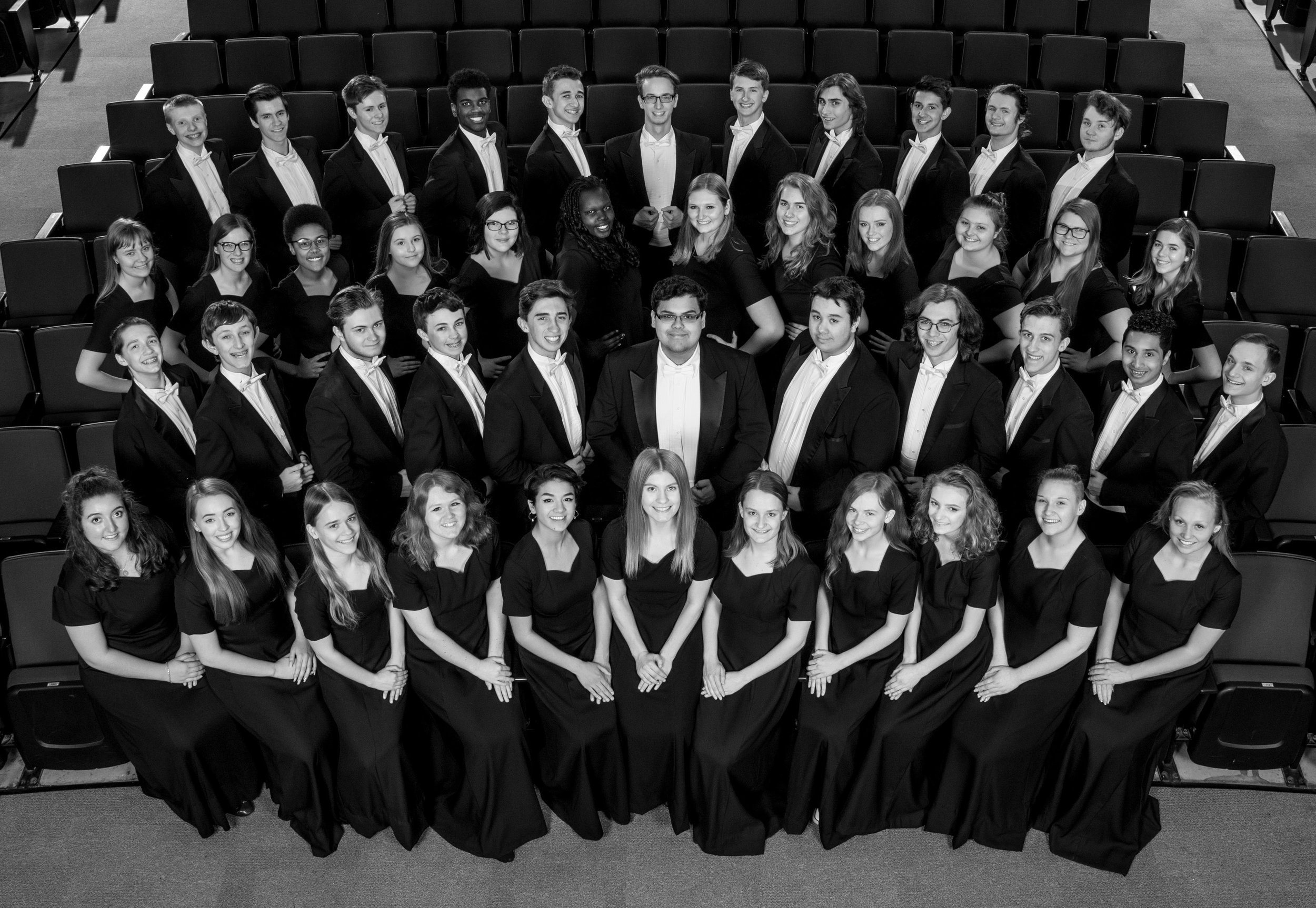 Chamber Choir 2019 BW.jpg