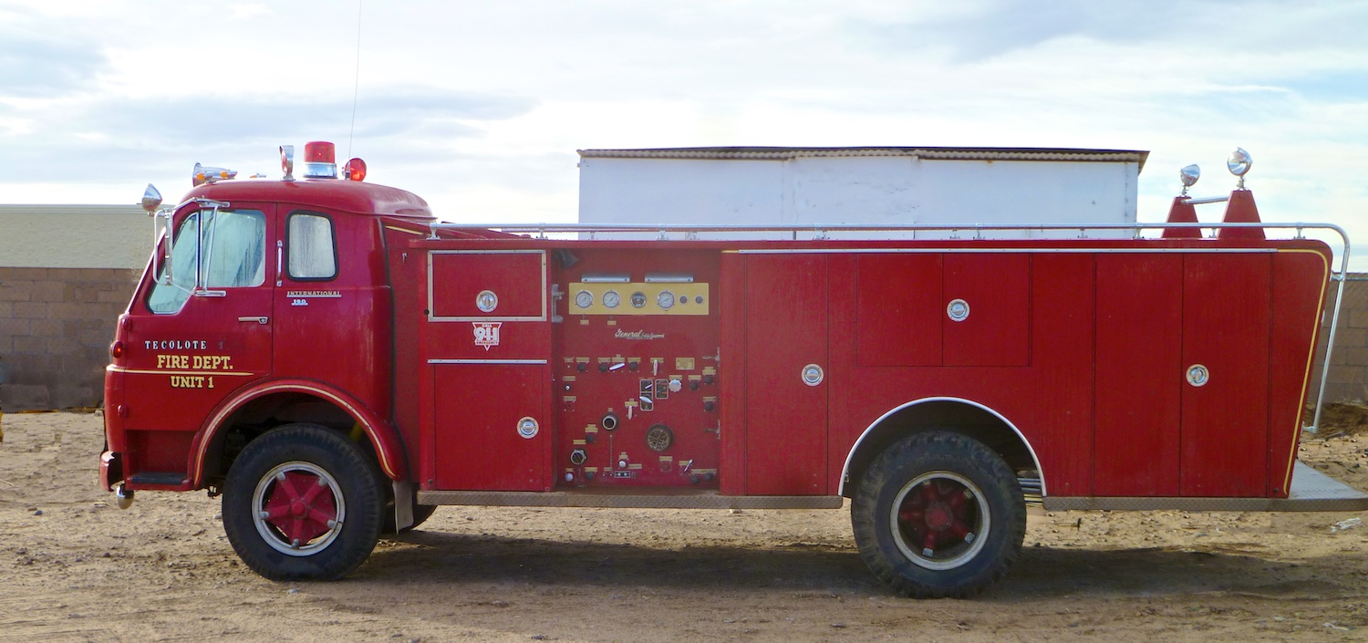Fire Engine 3242.jpg