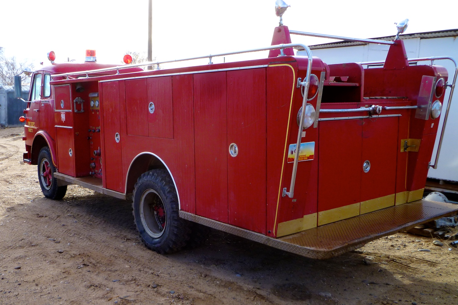 Fire Engine 3246.jpg