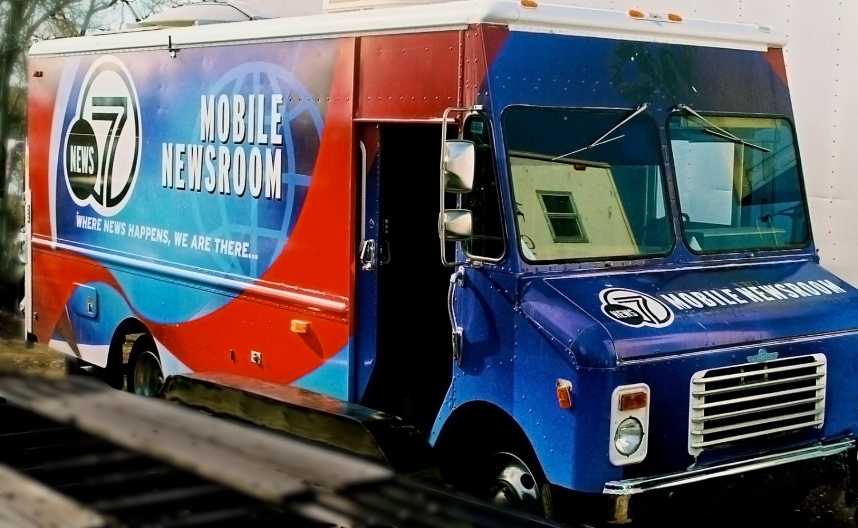 News Truck 3138.jpg
