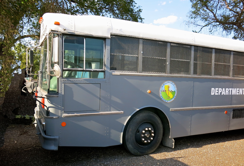 Bus Prisoner 3302.jpg