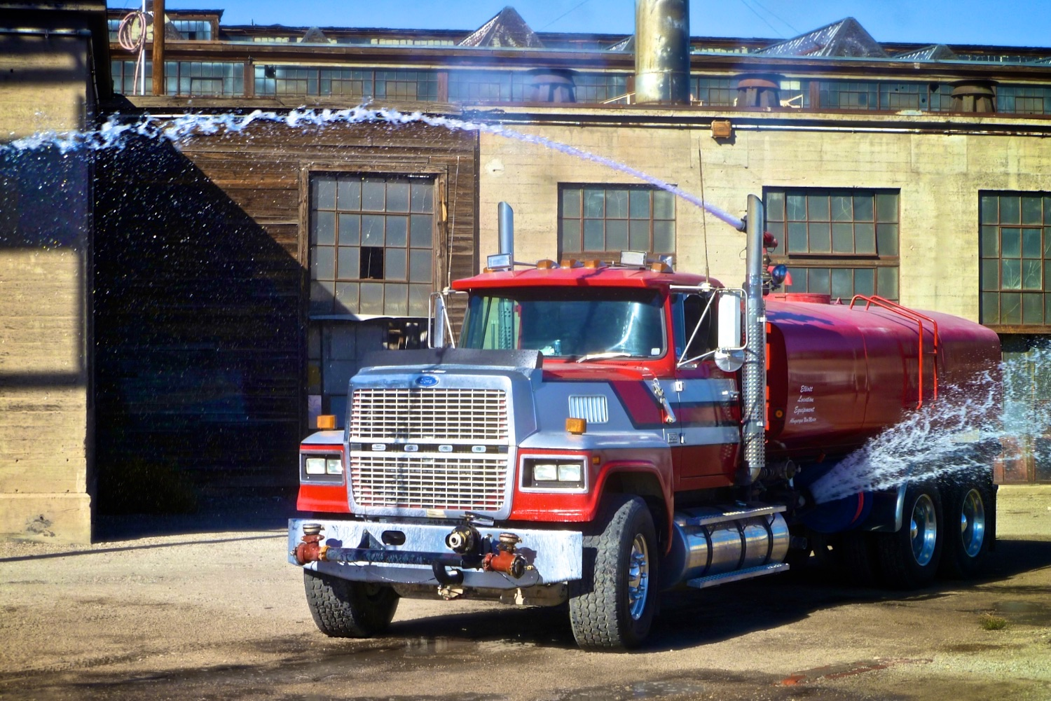 WaterTruck 6457.jpg