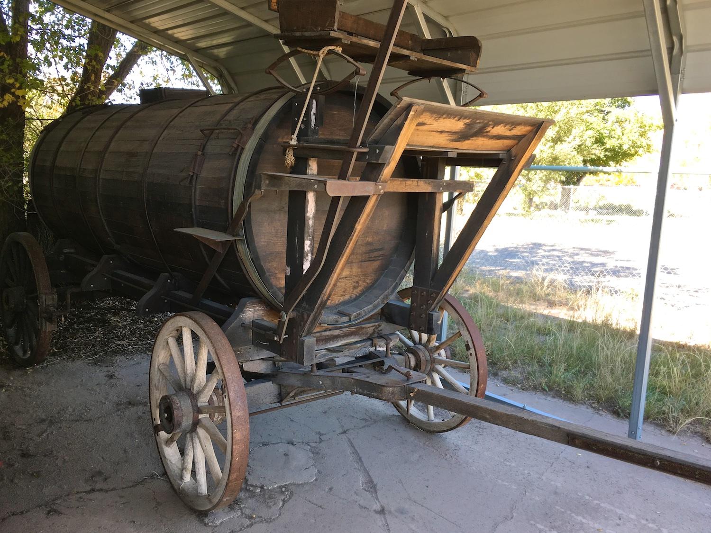 Vintage Water Wagon 6656.jpg