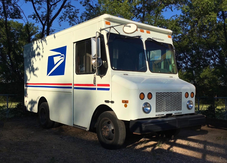 Mail Truck 6844.jpg