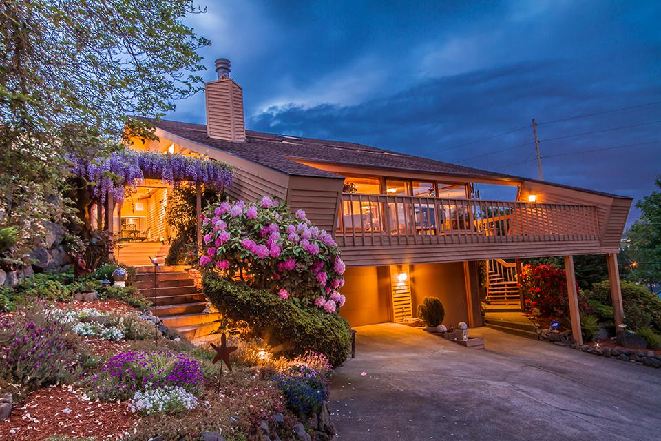 big-sound-homes-real-estate-seattle-home-listing-interior-web