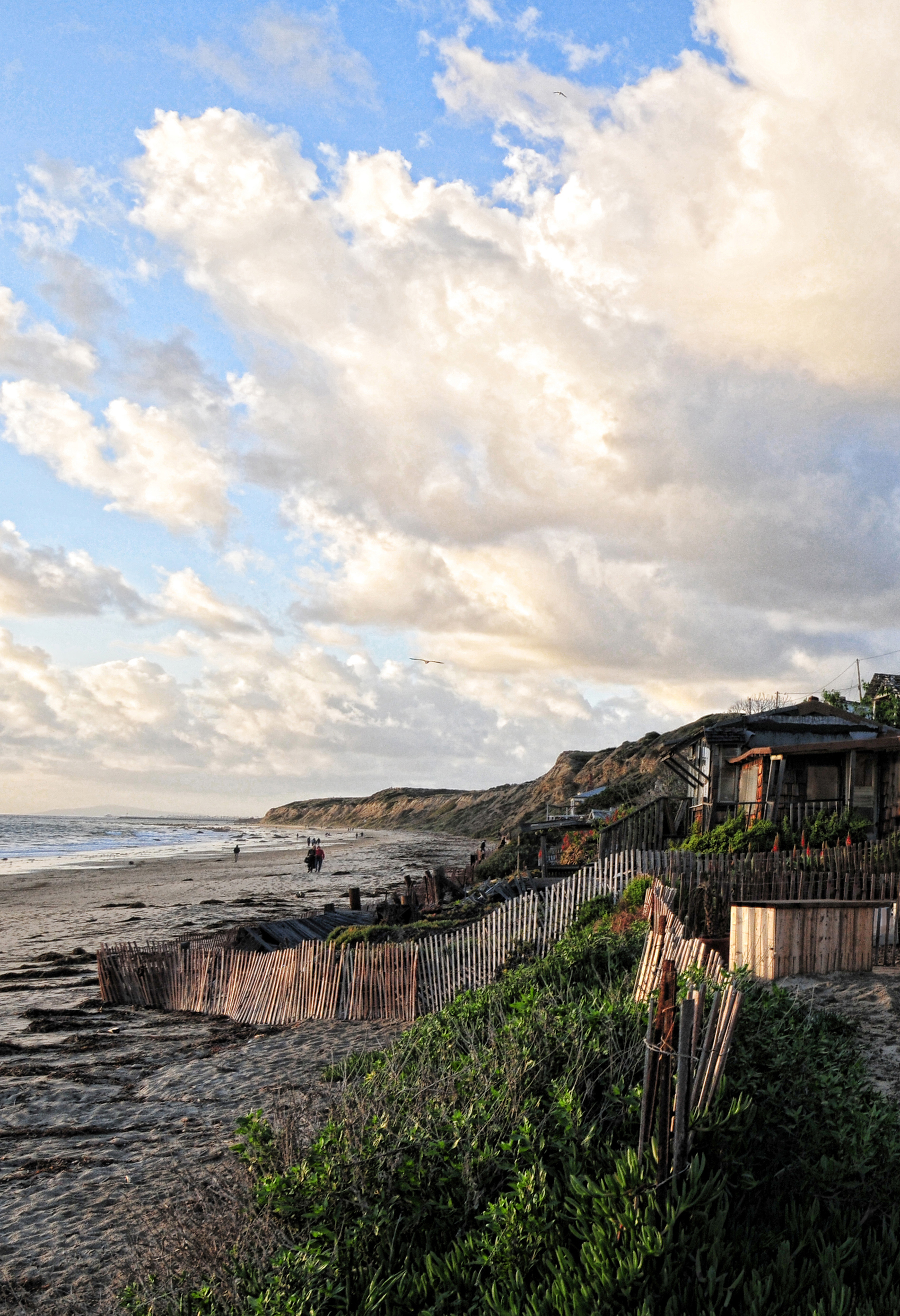 Crystal cove picket fence*.jpg