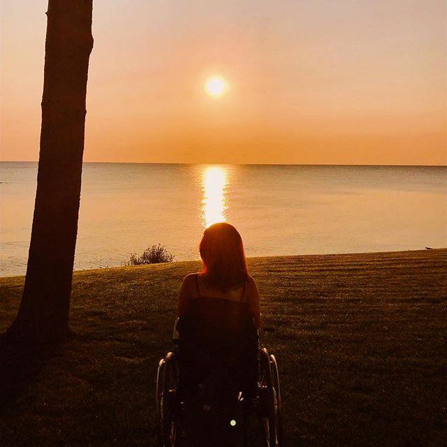 "Lake Huron sun rising. ""The darkness is at its deepest.  Just before sunrise."" -Voltaire . . . . —— #wheelchairlife #wheelchairgirl #wheelchairtravel #accessibletravel #travelblogger #michigan #puremichigan #lakehuron #beboundless #travellikeagirl #girlswhowander #365dayswithadisability #femaletravelbloggers #wheeliesaroundtheworld #instagood #photooftheday #sunrise"