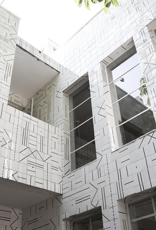 Exterior ceramics made by José Noé Suro