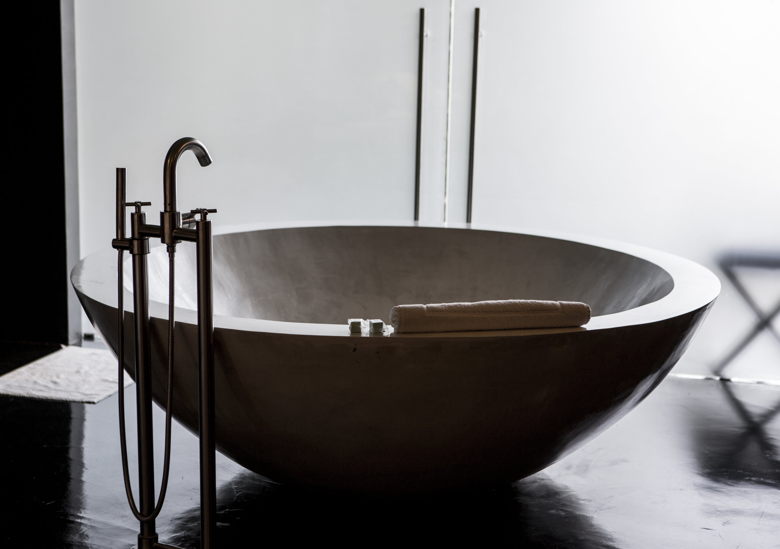 Hotel_Demetria_Guadalajara_Bathtub.jpg