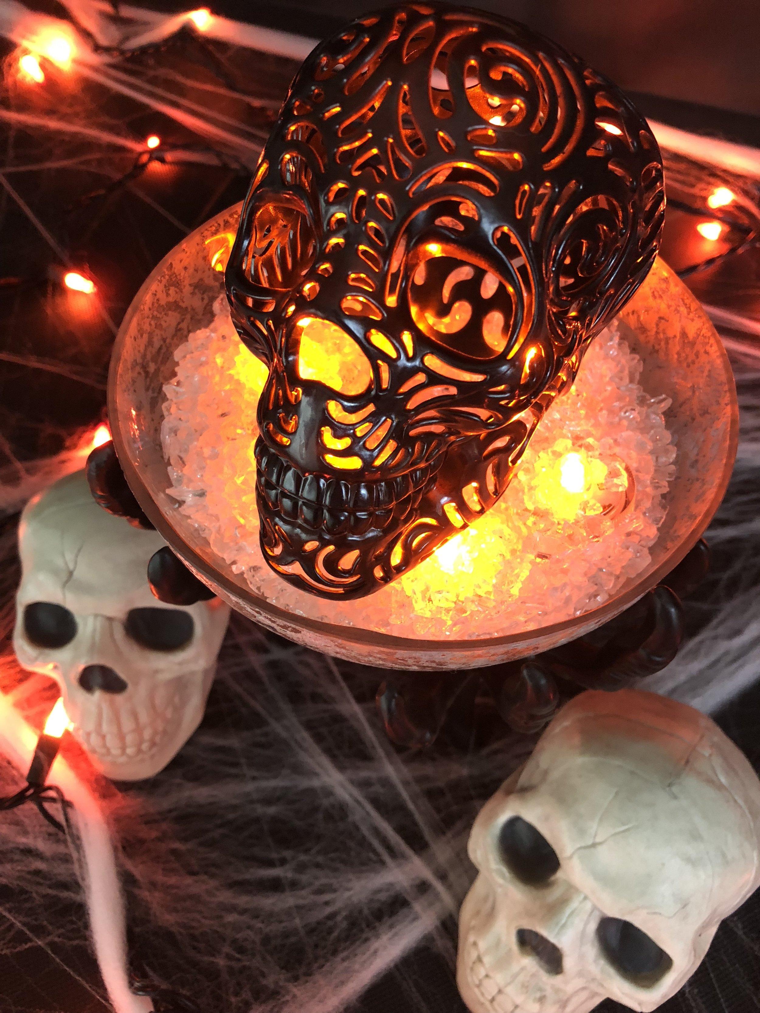 DIY Halloween Skull Home Decor.jpg