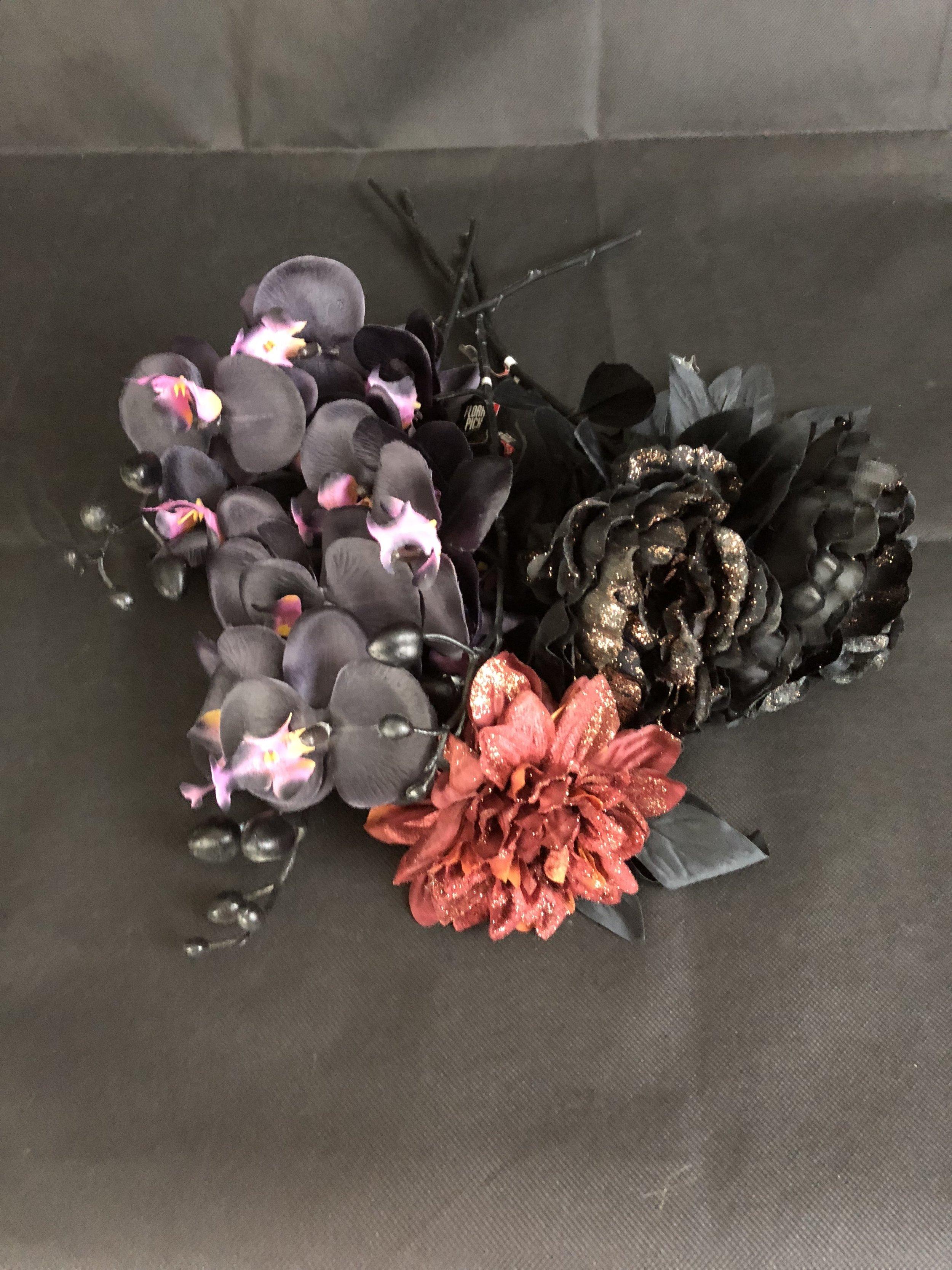 DIY Halloween Flower Vase Project - Flowers.jpg