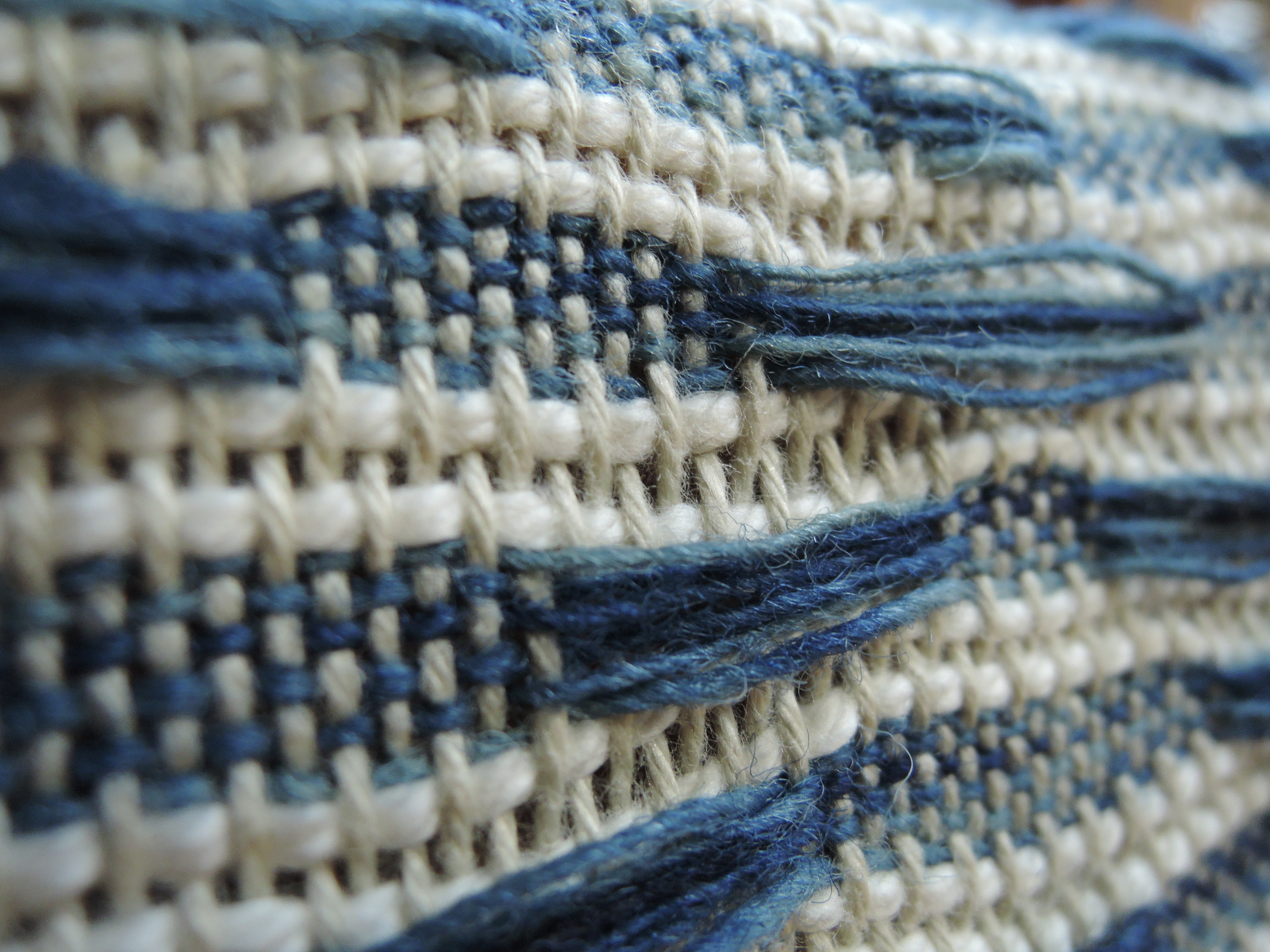 The back of the weaving is quite beautiful too.