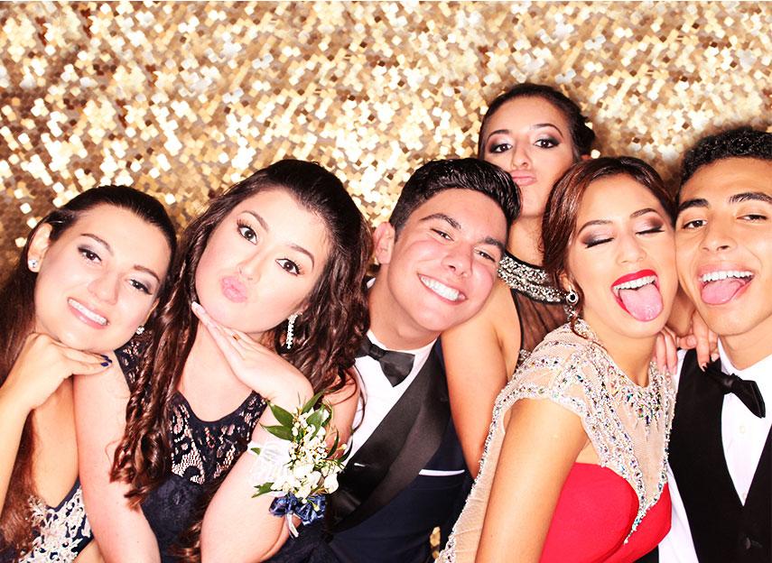 pinecrest-photobooth-4-prom-dance.jpg