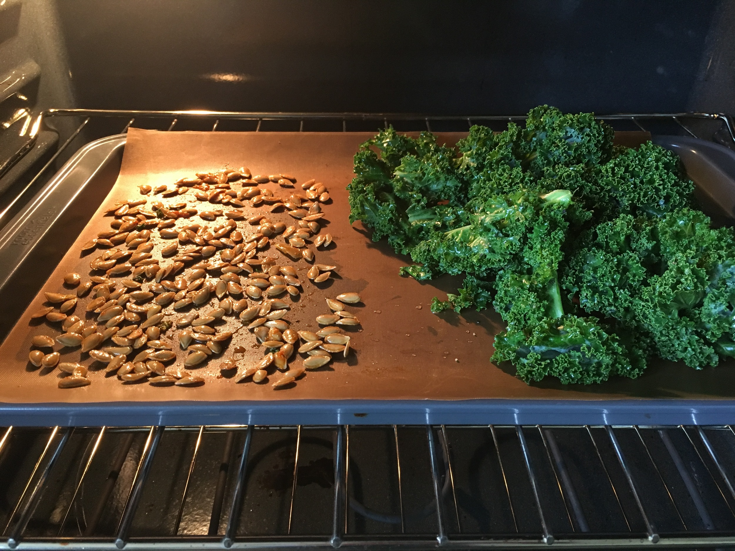 I was also making kale chips - for this I baked both at low heat for 2 hours at 200ºF / 93ºC. I had a bit of time on hand and was blogging away while waiting for this to be ready. Ok, not really. Haha... Kale Chips recipe from the delectable Laura Miller  here  (video).