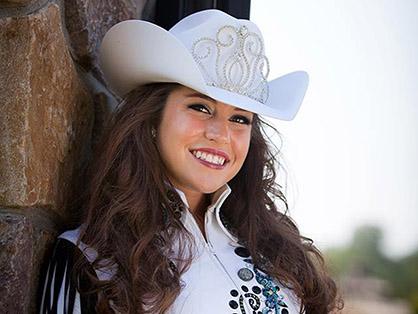 2015 Queen Lauren Harrington