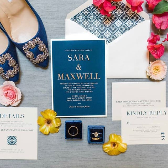 """#WeddingWednesday - wedding day tip: set aside an extra invitation suite so your photographer can capture a """"details"""" shot with your accessories. It's worth it! 👌🏼💍✨ #loveprettyinvites #weddingdetails #goldfoil #custominvitations #love"""