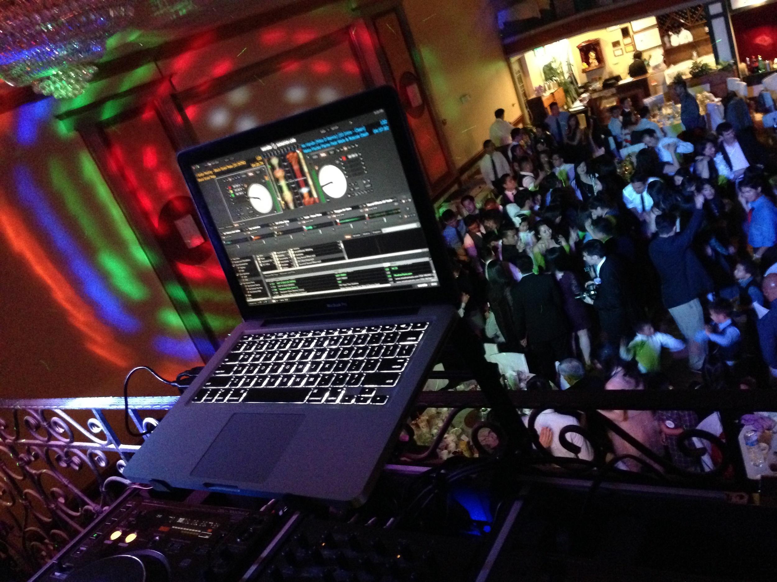 laptop_DJpic_kimmie4.jpg