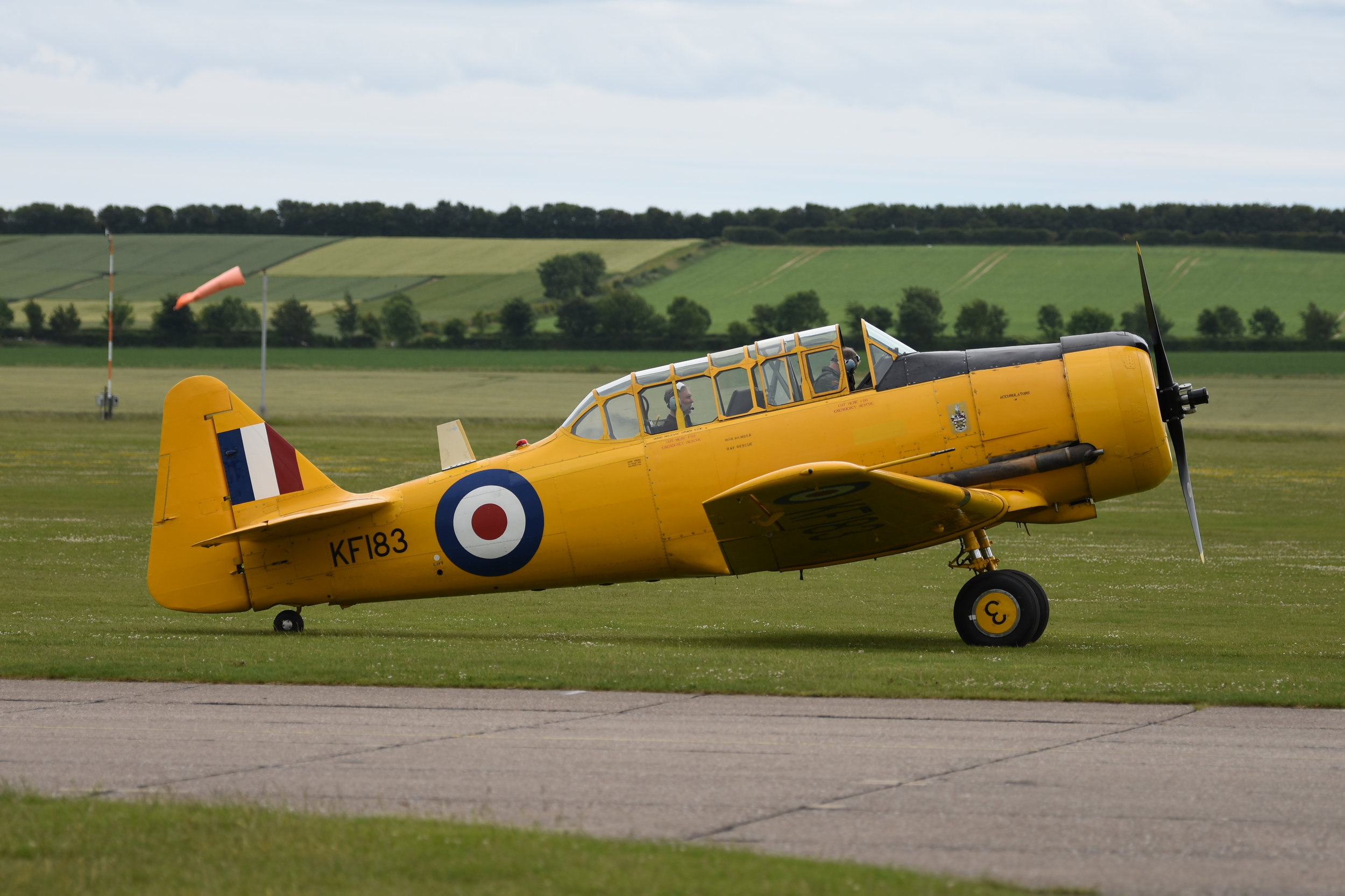 North American T6 Harvard KF183