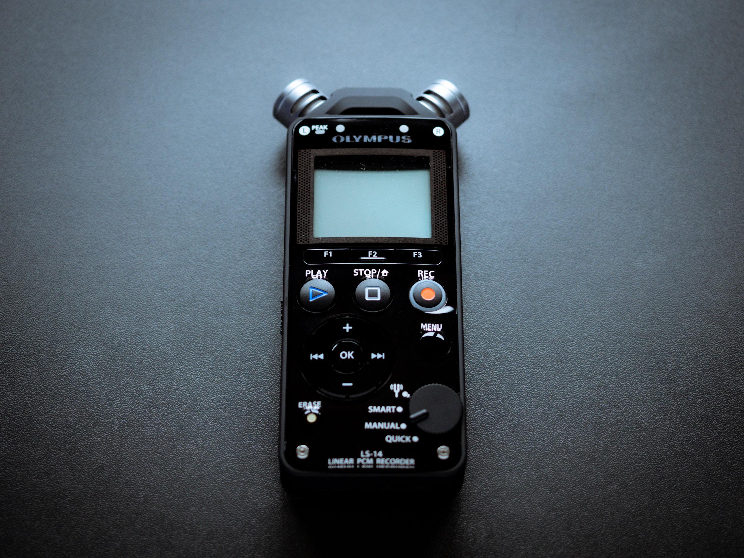 Olympus LS14 handheld recorder