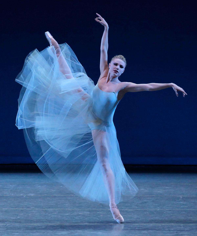 Balanchine's-Serenade-Photo-Credit-NYCB-Paul-Kolnick.jpg